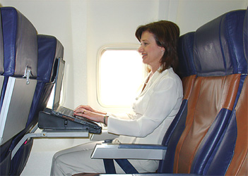 Airplane_Laptop_stand.jpg