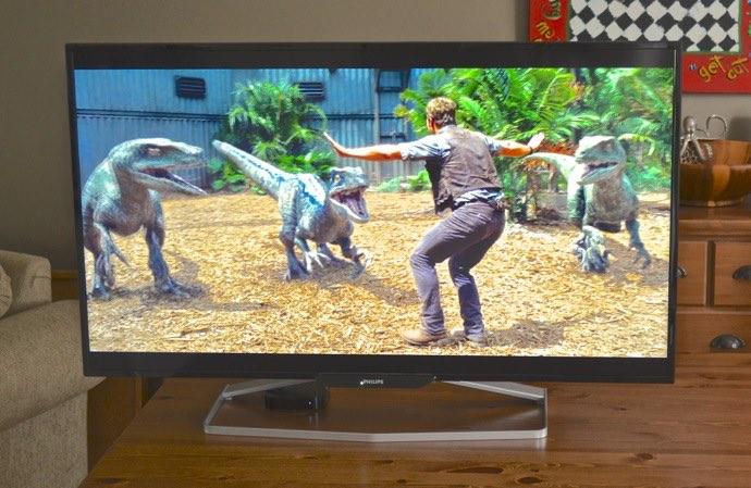 Philips monitor Jurassic World trailer.jpg