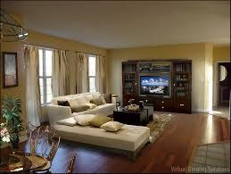 TV in Family Room.jpeg