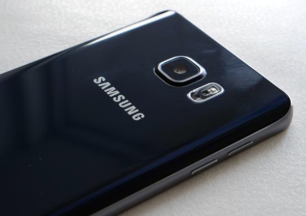 Galaxy-Note-5-back.jpg