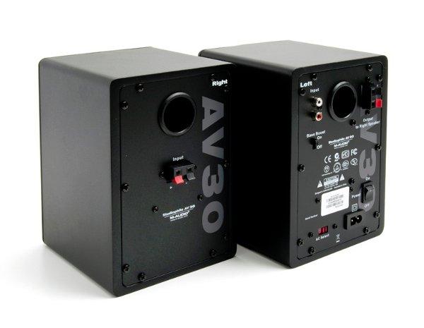 m-audio_av30_studiophile_speakers_3.jpg