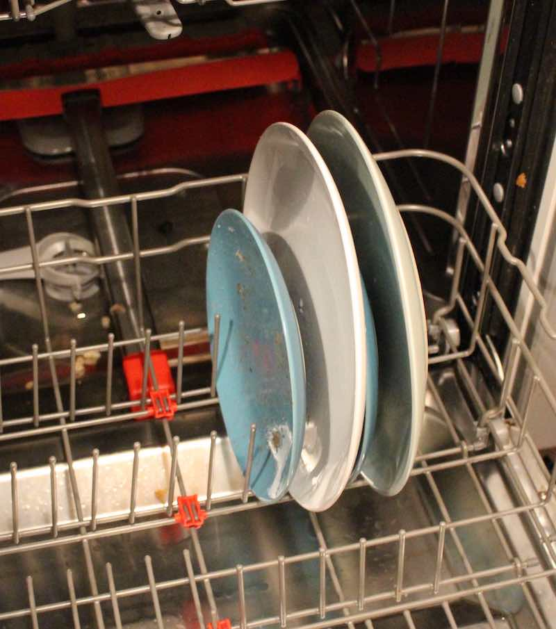how to load a dishwasher.jpg