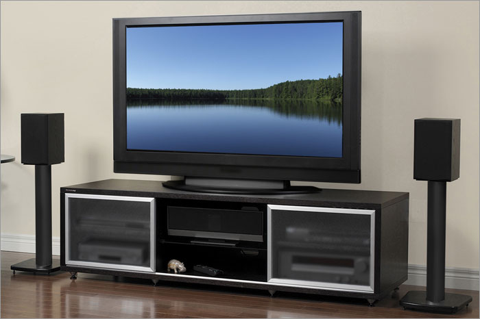 how to connect stereo speakers to your tv best buy blog. Black Bedroom Furniture Sets. Home Design Ideas