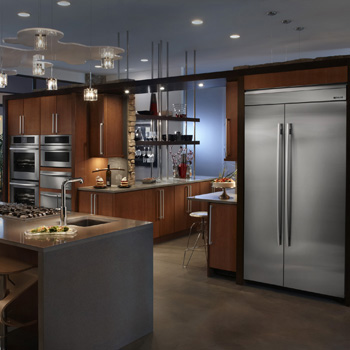 Keep Your Food Fresher Longer With Frigidaire Fridges