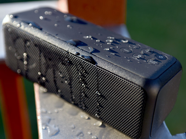 Review Sony Srs Xb3 Is A Solid Bluetooth Speaker Inside