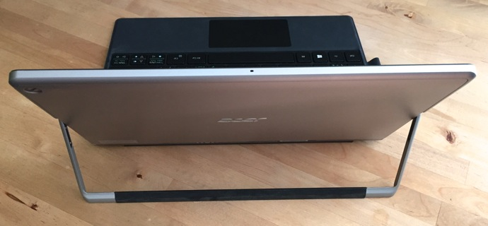 Acer aspire Switch Alpha 12 back view.jpg