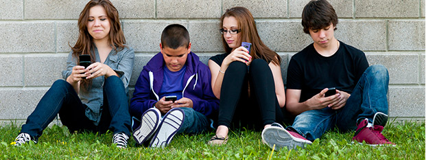 kids-and-phones