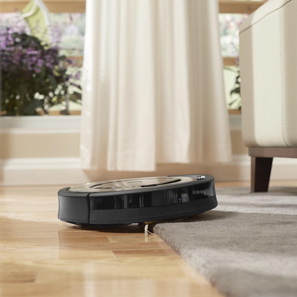 robot vacuum clean air