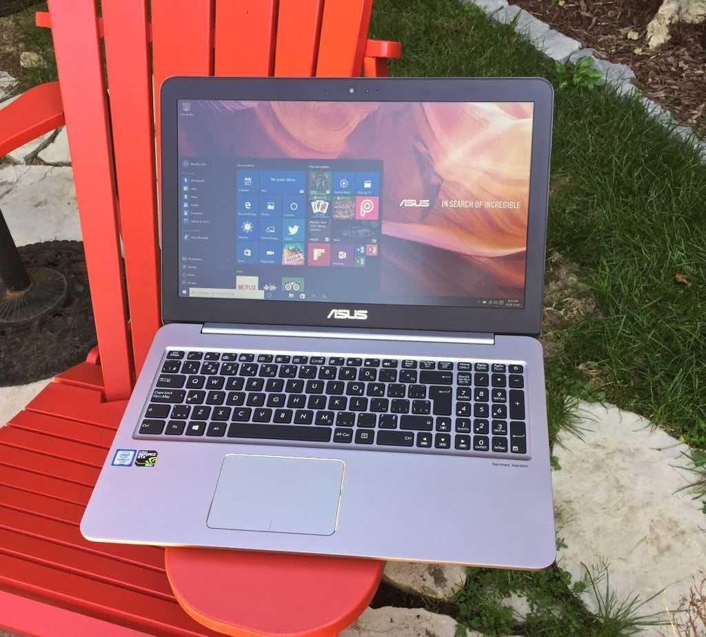 Asus zenbook 4k outdoors