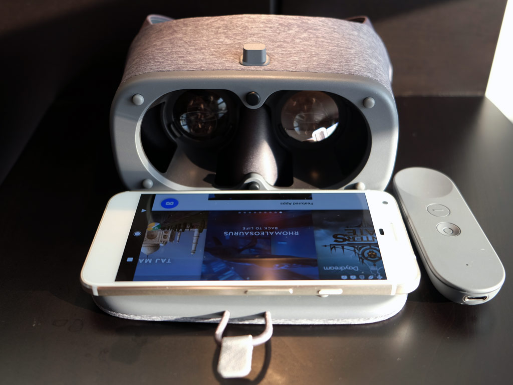 Google Daydream View VR headset review | Best Buy Blog