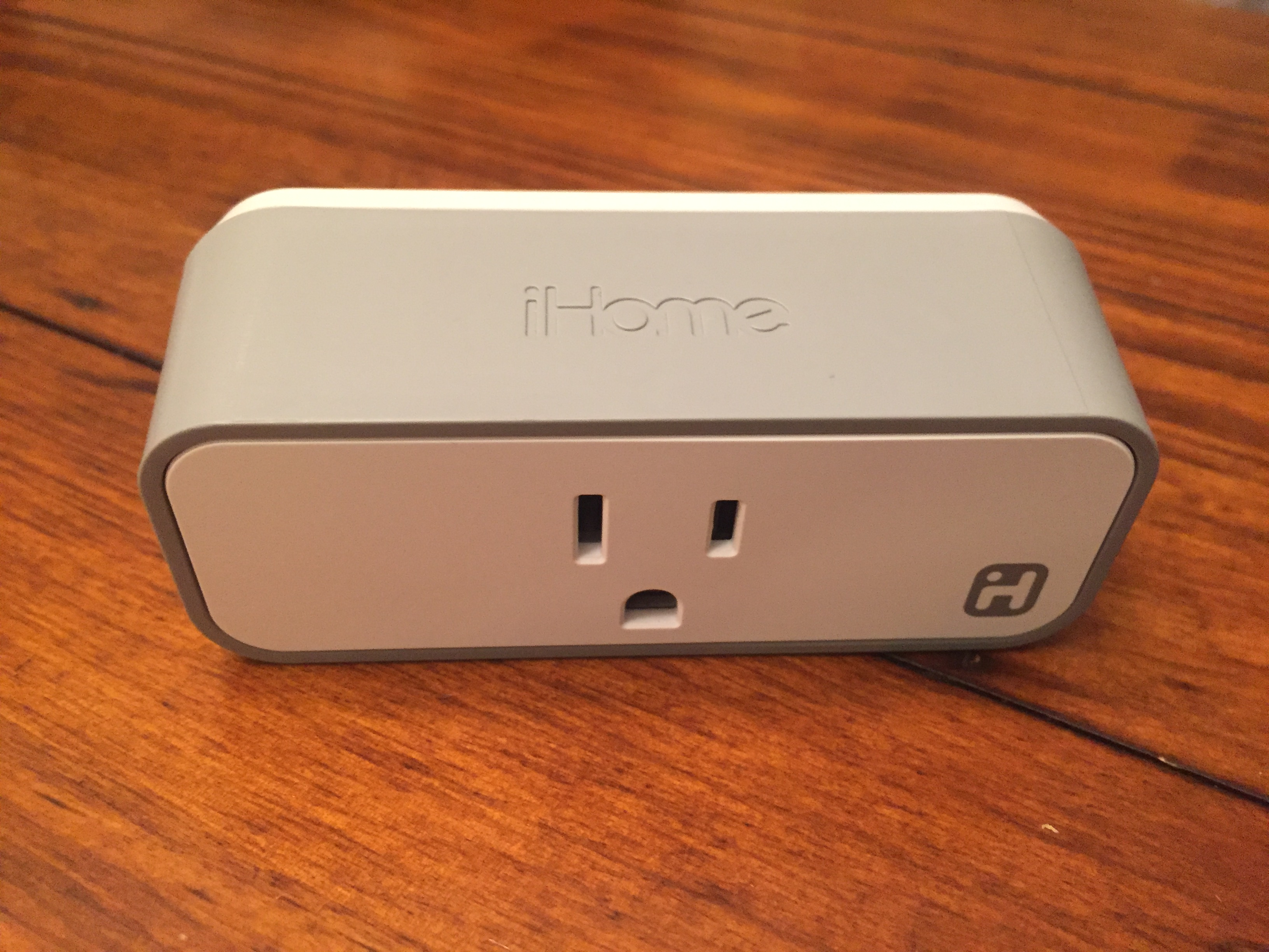 Awe Inspiring Review Ihome Smart Plug And 5 In 1 Smart Home Monitor Download Free Architecture Designs Rallybritishbridgeorg