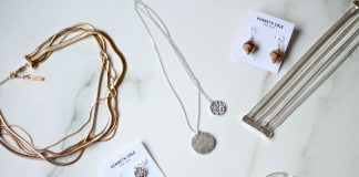 How To Properly Combine Jewelry With Different Metals