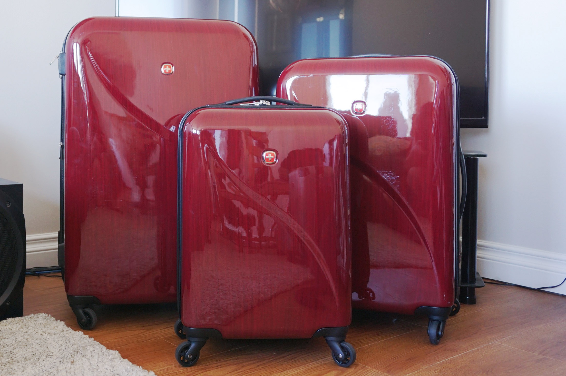 291d7fdf4 Should you buy a 2 piece or 3 piece luggage set? | Best Buy Blog