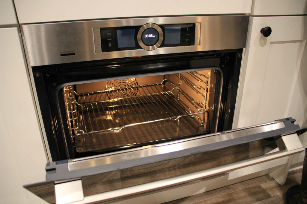 Bosch Home Connect Oven