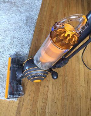 dyson ball multi floor self adjusts across carpets and hard floors