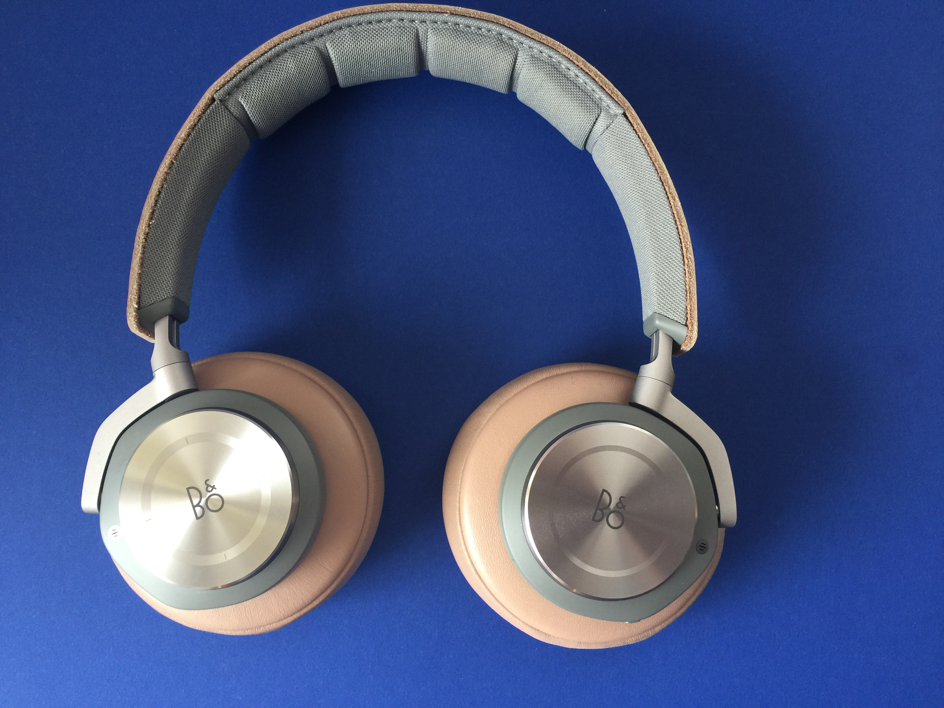 Bang olufsen beoplay H9