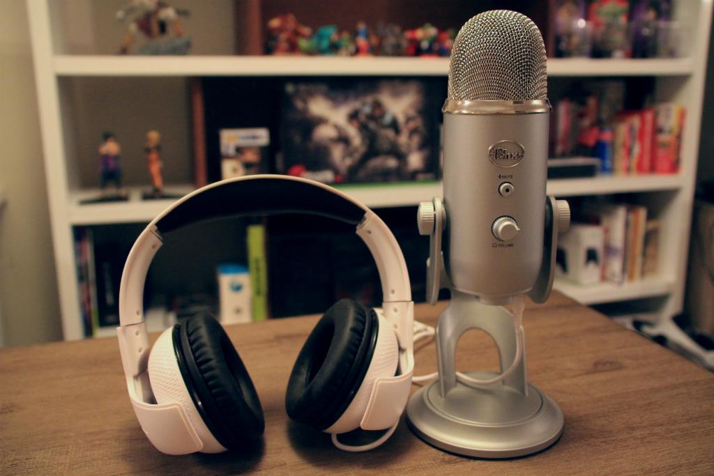 Blue Yeti Mic headphones