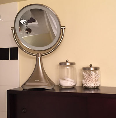 iHome Mirror perfect for bathroom