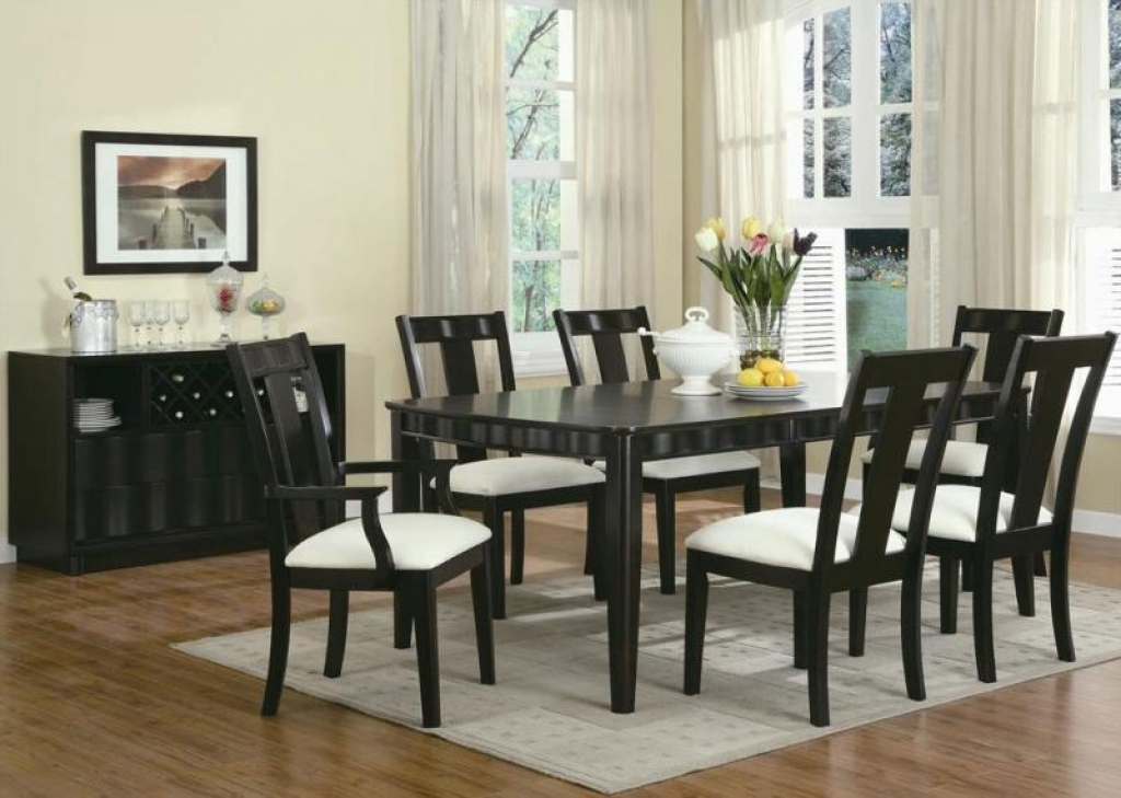 food for thought how to choose the right dining table best buy blog. Black Bedroom Furniture Sets. Home Design Ideas