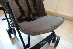 guzzie and guss lightweight stroller footrest out