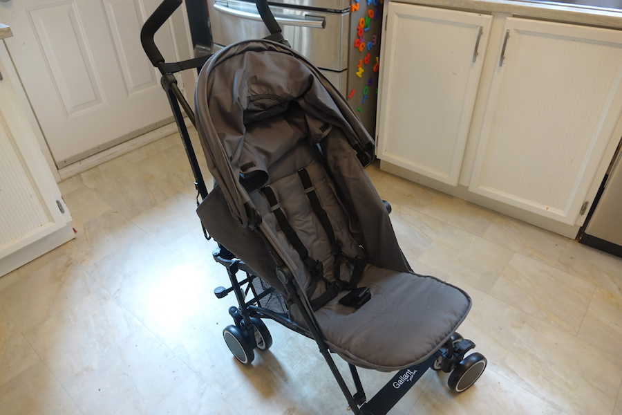 guzzie and guss lightweight stroller upright