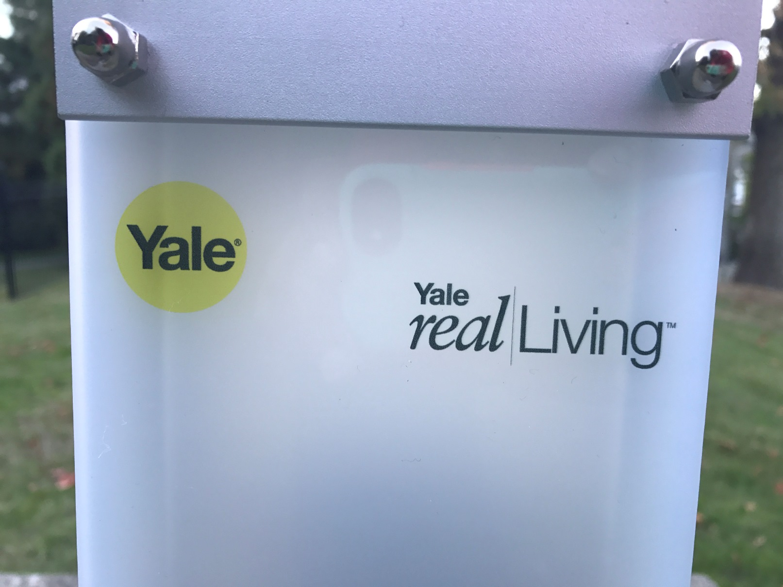Checking Out Yale Real Living Bluetooth Smart Locks Best