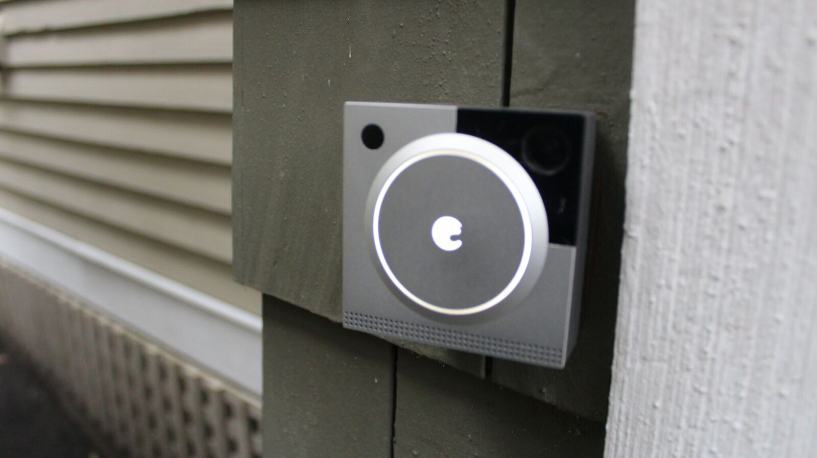 August Doorbell Cam Pro Installed