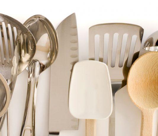 ultimate list of kitchen essentials