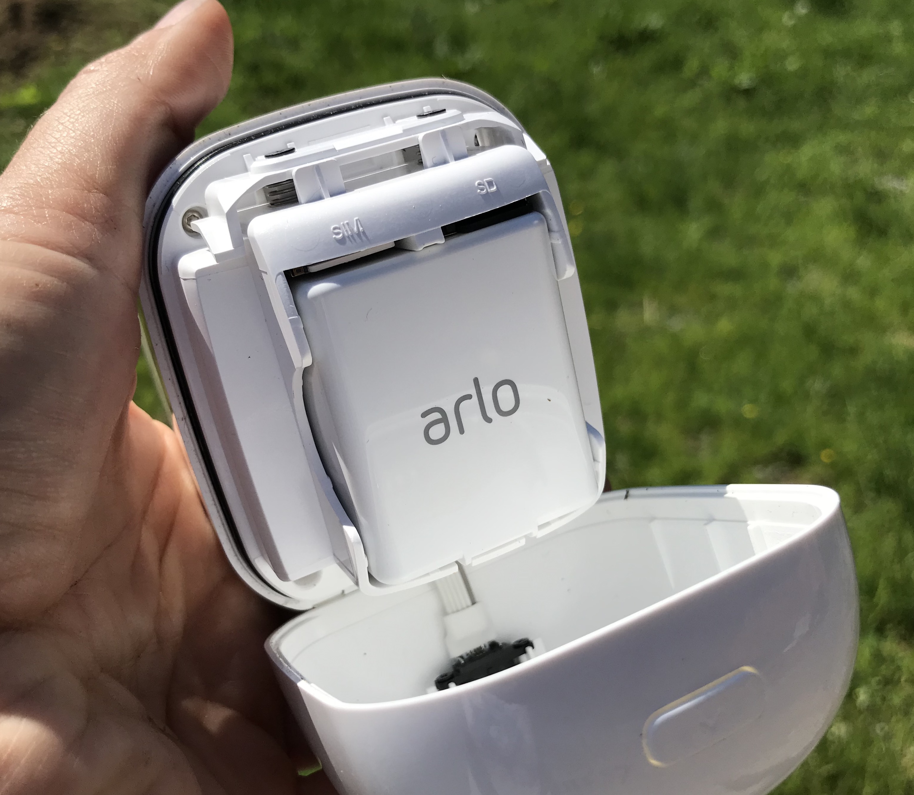 Arlo Go battery compartment