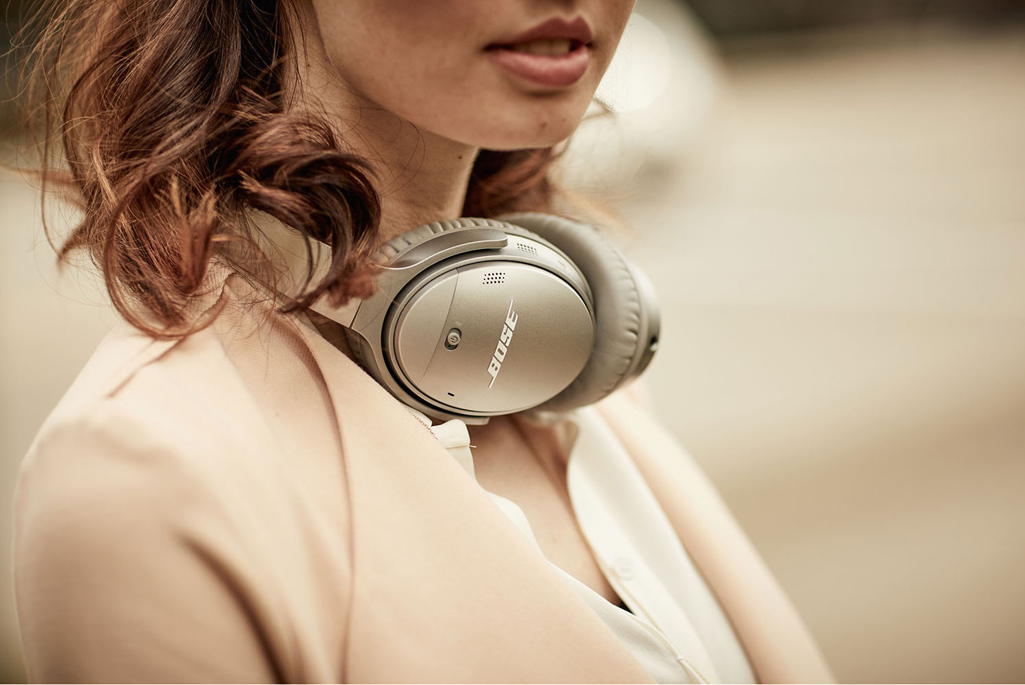 mother's day - bose quietcomfort 35 ii noise cancelling headphones
