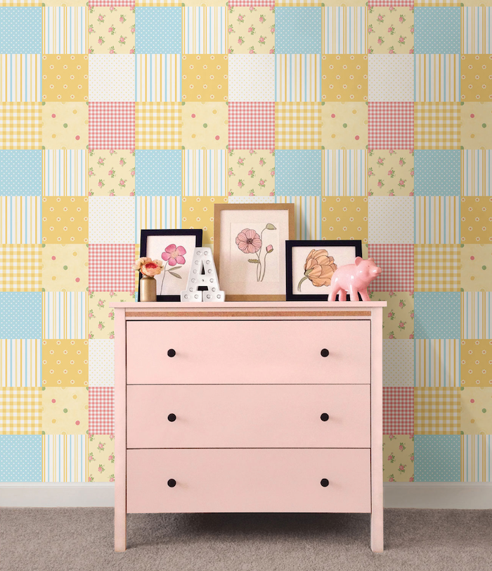 Stick-on wallpaper for the nursery