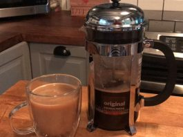 Bodum-French-Press-with-coffee