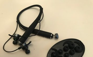 VI AI Personal Trainer headphone with ear bud sizes