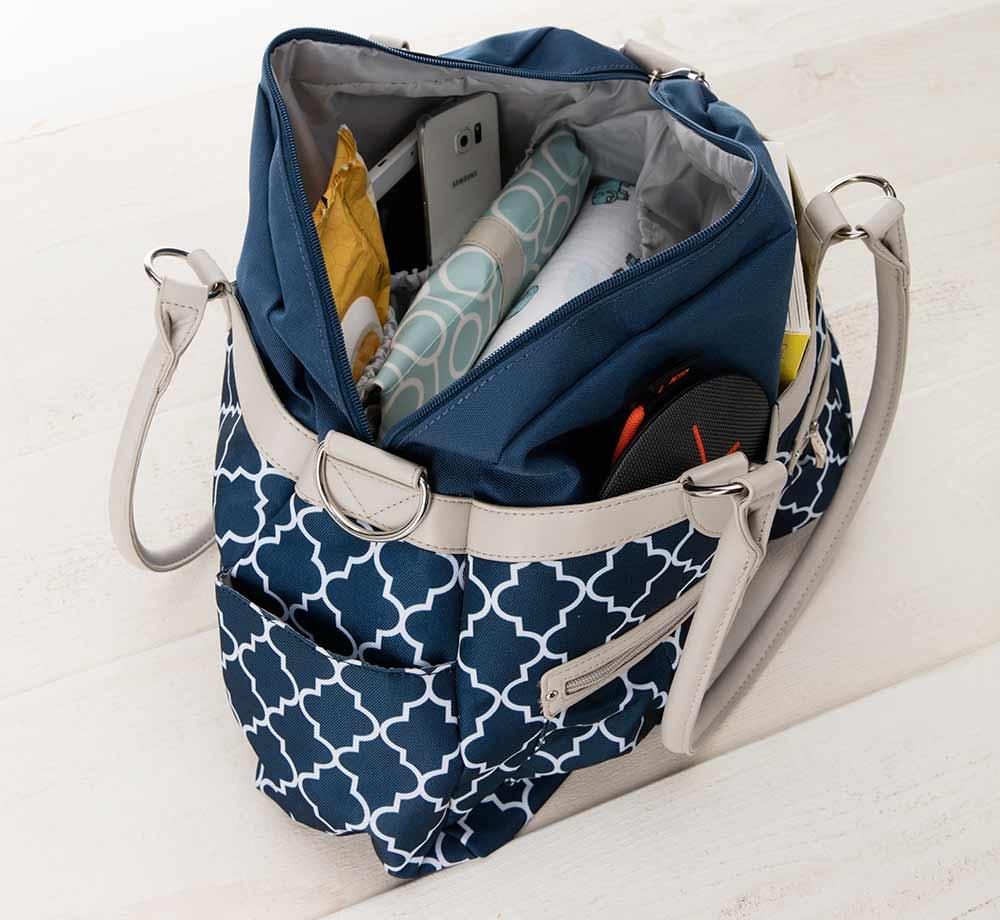 8e615167b6 What to pack in a diaper bag for a newborn