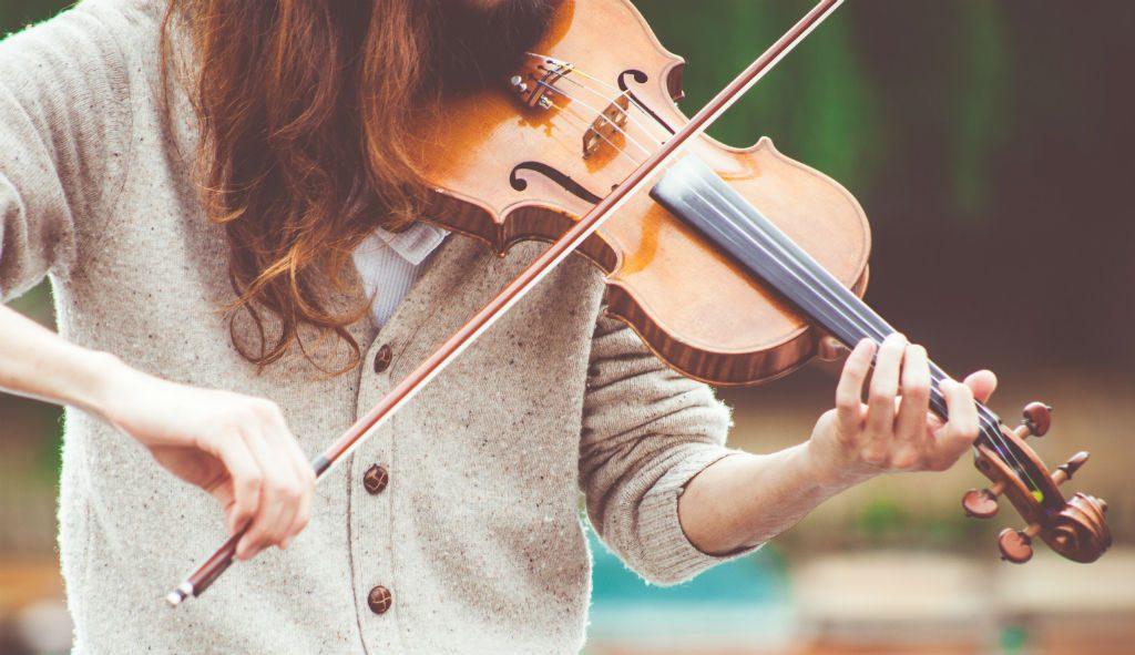 d'instruments à cordes