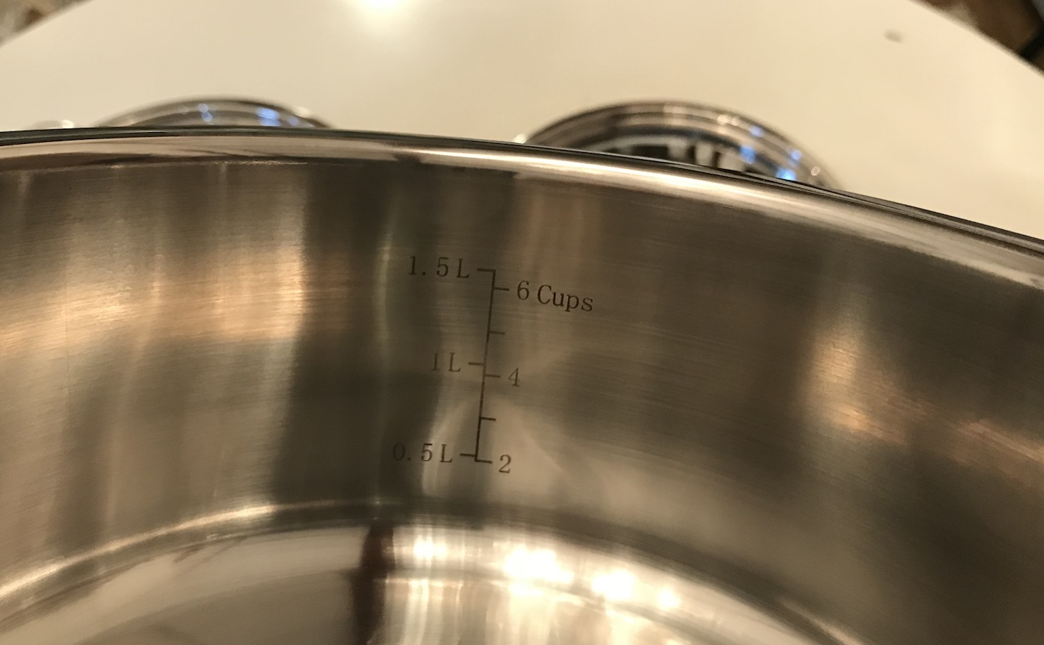 Cuisinart meauring label pots and pans