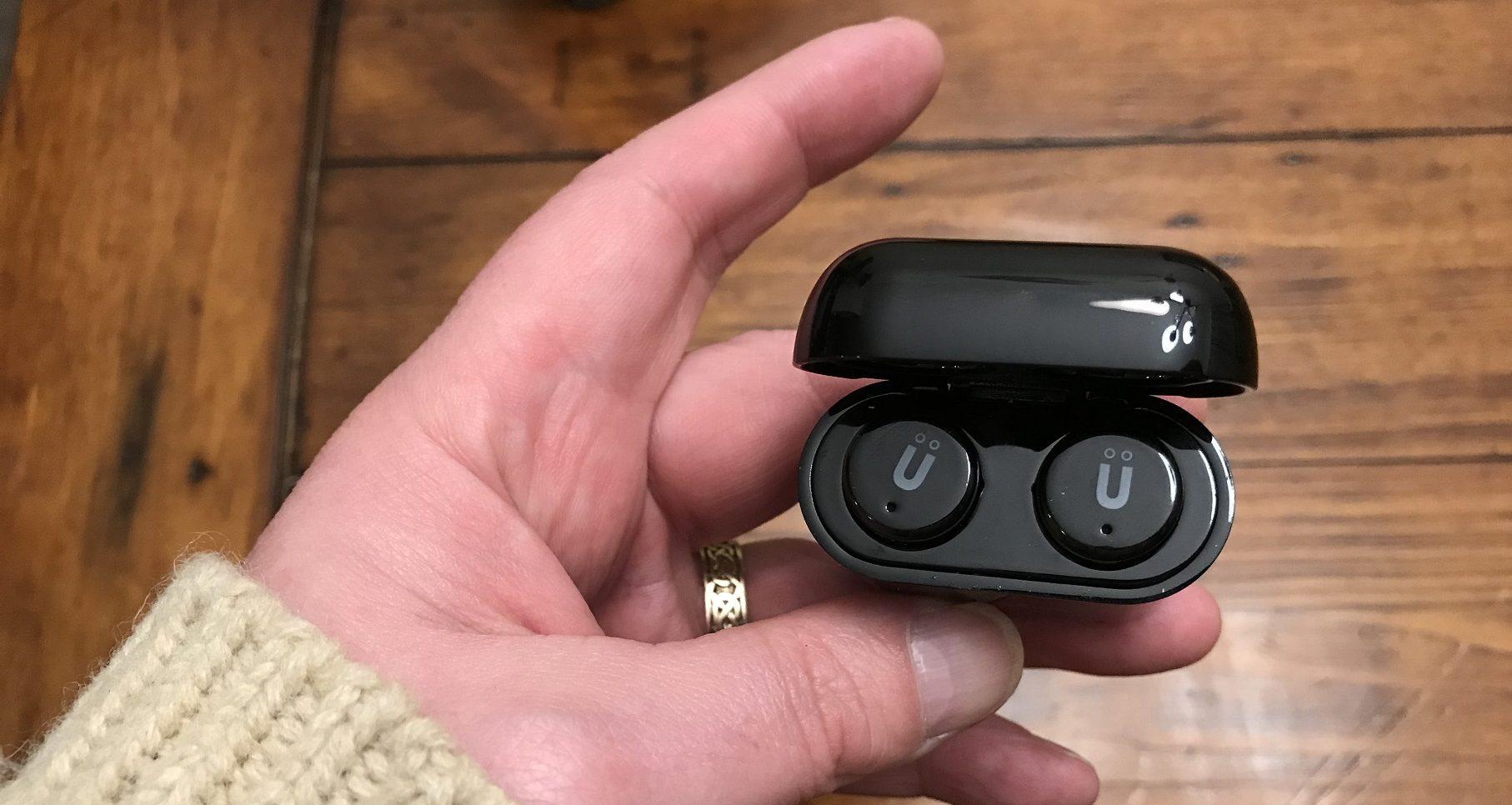 écouteurs bouton sans fil autonomes Pulse Mini d'Uolo - dans la boite