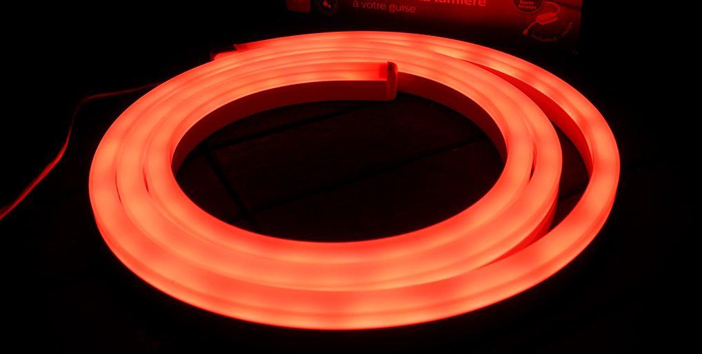 Philips Hue Smart LED Outdoor Light Strip review | Best Buy Blog