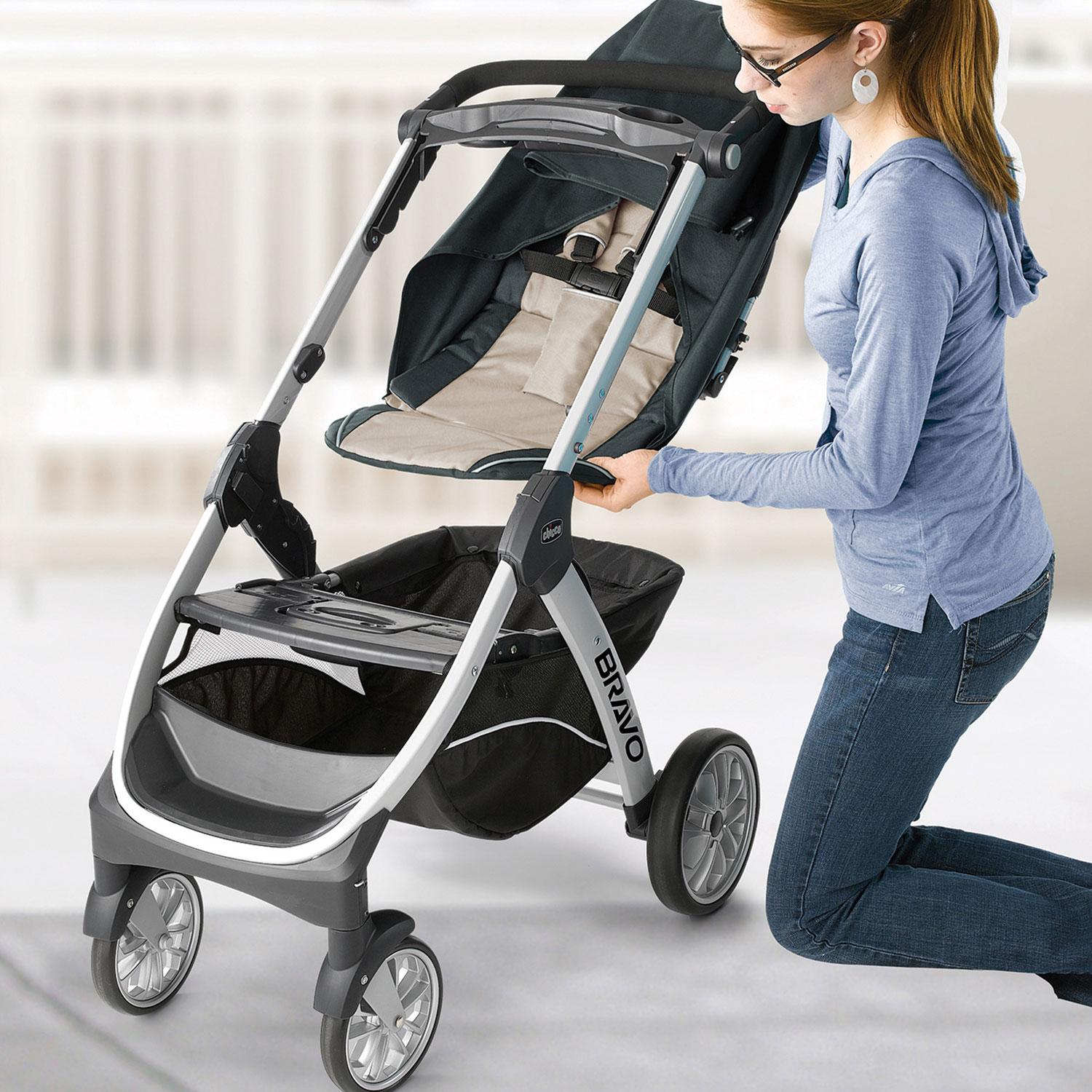 stroller buying guide - chicco bravo putting on seat
