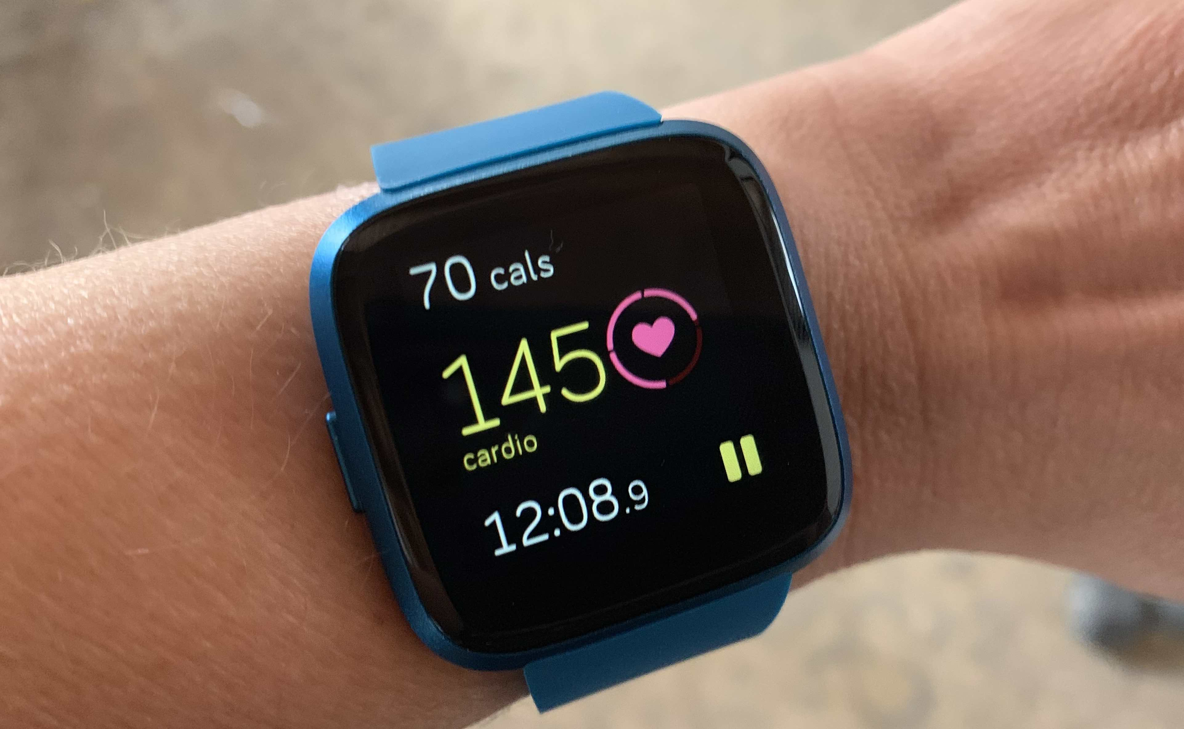 Fitbit Versa Lite Smartwatch With Heart Rate Monitor Review
