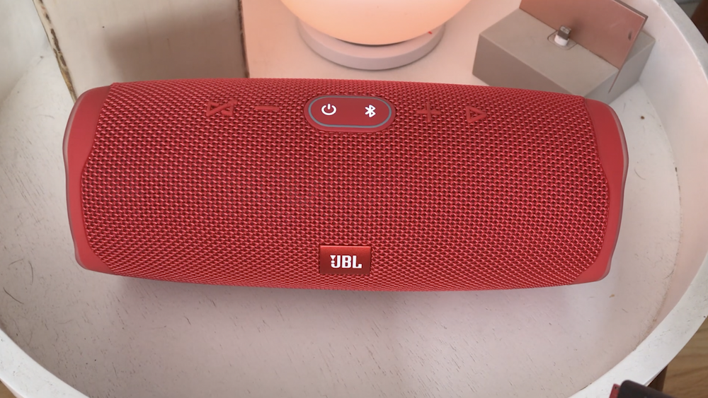JBL Charge 4 speaker review | Best Buy Blog