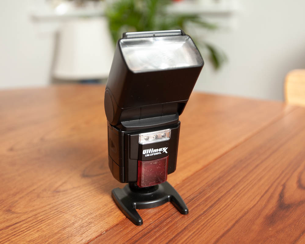 Photo of Ultimaxx Universal Professional Automatic Flash with LED Video Light for Digital SLR and Video Cameras