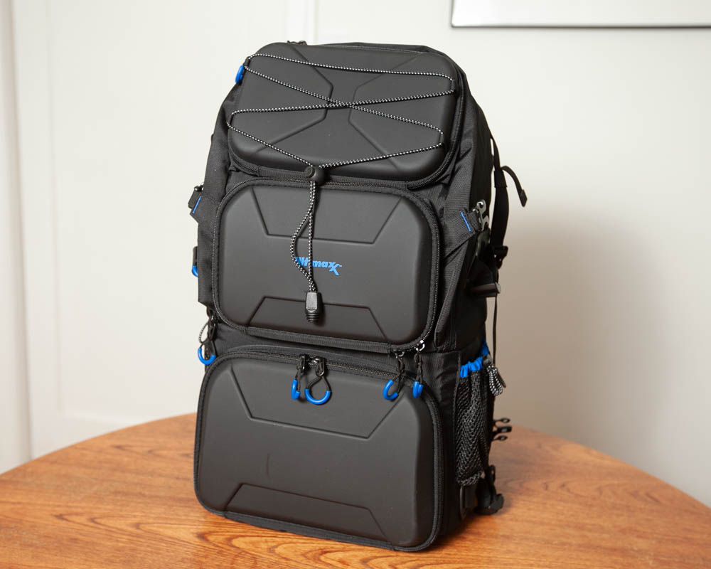 Photo of exterior of Ultimaxx Professional Deluxe Camera Backpack