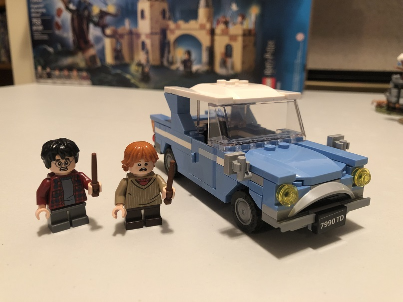 Harry and Ron Ford Anglia