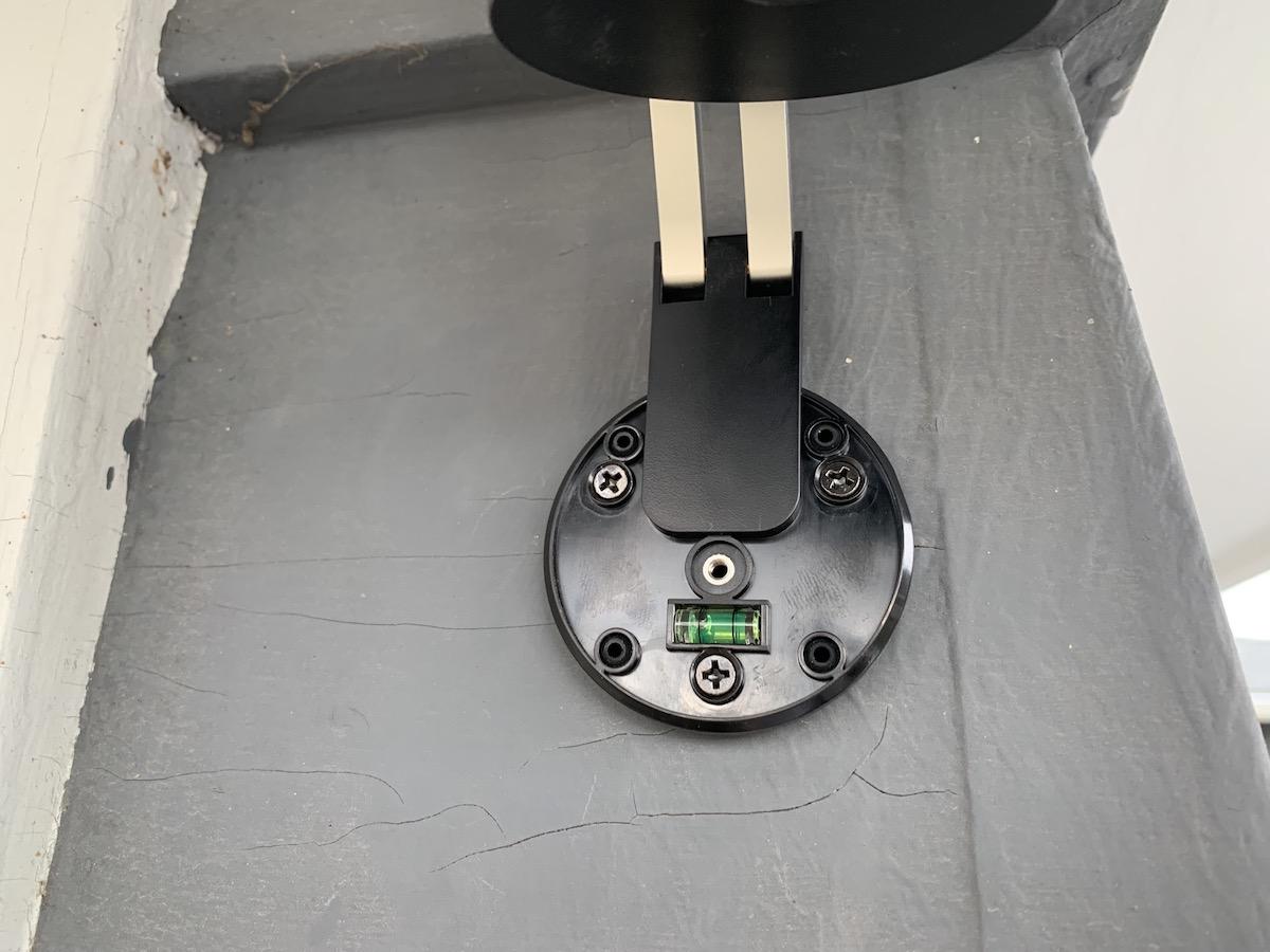 la caméra Stick Up de Ring est facile à installer et à utiliser