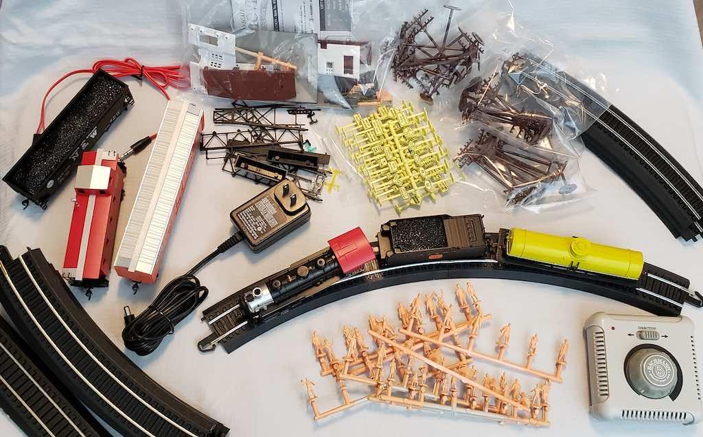 150pièces du train électrique Chattanooga de Bachmann Trains