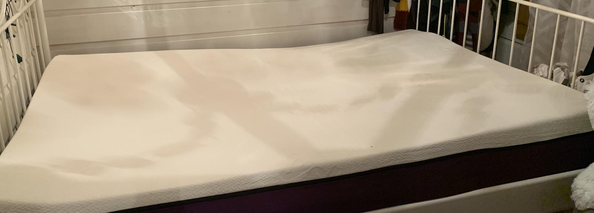 mattress unboxing