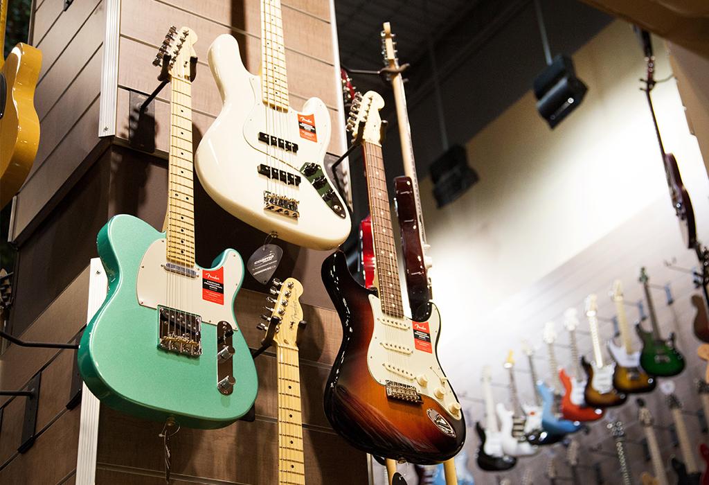 les guitares fender chez Cosmo
