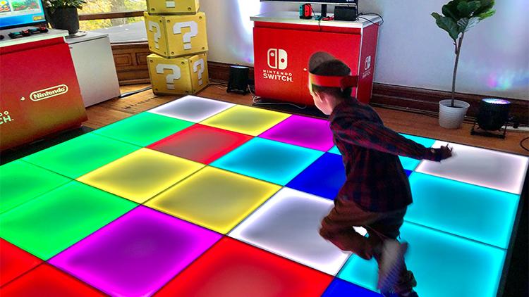 Nintendo Switch - Rainbow Road