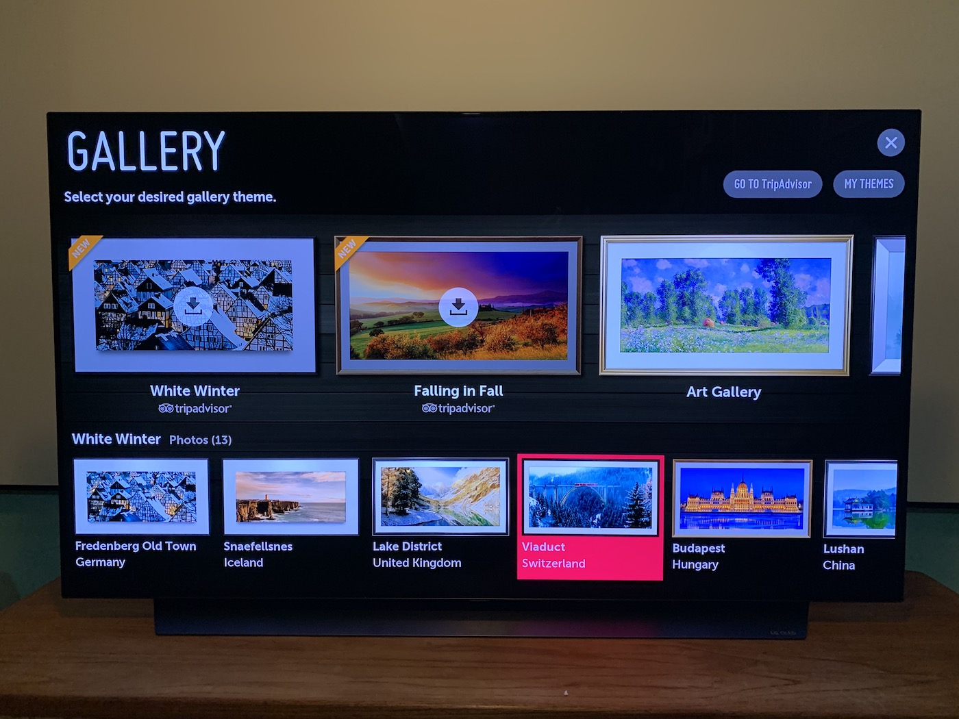 Gallery Mode of the LG C9 OLED 4K TV